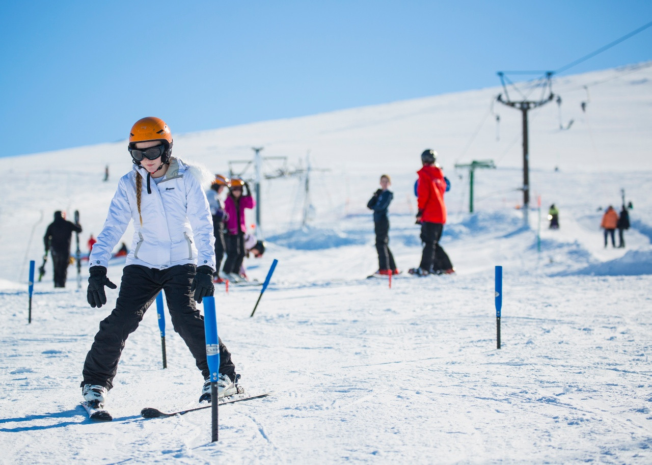 People skiing in the Cairngorms